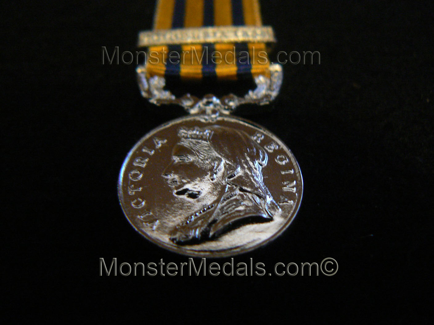 MINIATURE BRITISH SOUTH AFRICA COMPANY MEDAL WITH CLASP